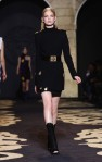 Versace+Milan+Fashion+Week+Womenswear+Autumn+3QfRN7UqXhQl