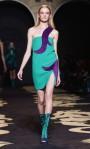 Versace+Milan+Fashion+Week+Womenswear+Autumn+_ArfmNRF-LWl