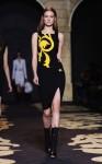 Versace+Milan+Fashion+Week+Womenswear+Autumn+T7P4jJQNBBVl
