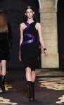 Versace+Milan+Fashion+Week+Womenswear+Autumn+uAOa0nbZAuOl