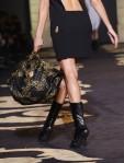 Versace+Milan+Fashion+Week+Womenswear+Autumn+UcHePVVbrCIl