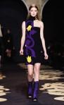 Versace+Milan+Fashion+Week+Womenswear+Autumn+Uhy9v1pEOBnl