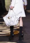Versace+Milan+Fashion+Week+Womenswear+Autumn+XjmgfkMQrm5l